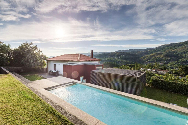 House With 3 Bedrooms in Travassós, With Wonderful Mountain View, Private Pool, Enclosed Garden, Amares