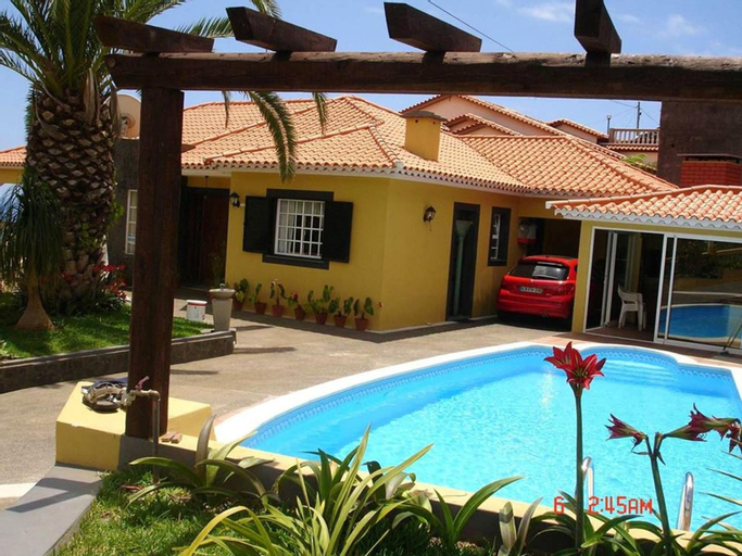 Apartment With 2 Bedrooms in Lombo Do Doutor, With Wonderful sea View, Private Pool, Enclosed Garden, Calheta