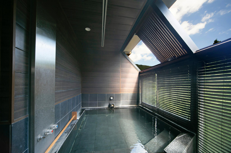 Art & Music Spa Resort Manatei Hakone, Hakone