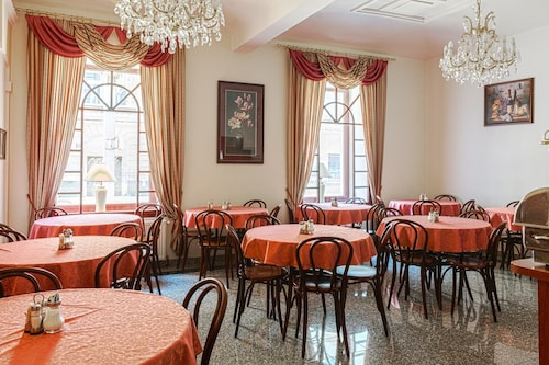 Hotel D'angelo, Praha 5
