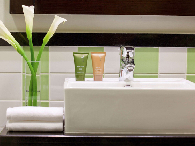 Movenpick Hotel Apartments Al Mamzar Dubai,
