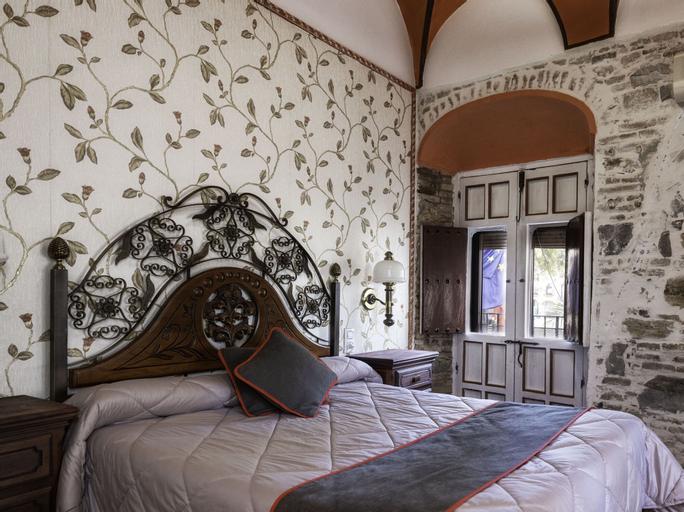 Hotel Las Palmeras by Vivere Stays, Badajoz