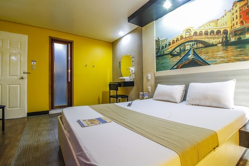 Hotel Dreamworld Araneta Cubao, Quezon City