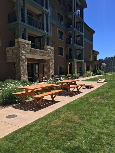 Constellation Residences at Northstar, Placer