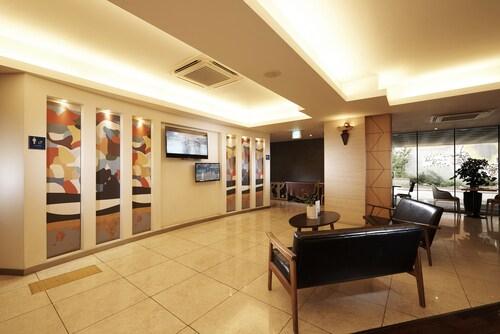 Hotel KP, Seongbuk