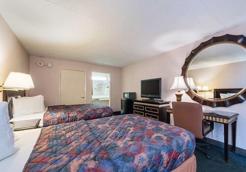 Motel 6 Sweetwater, TN - Lost Sea, Monroe
