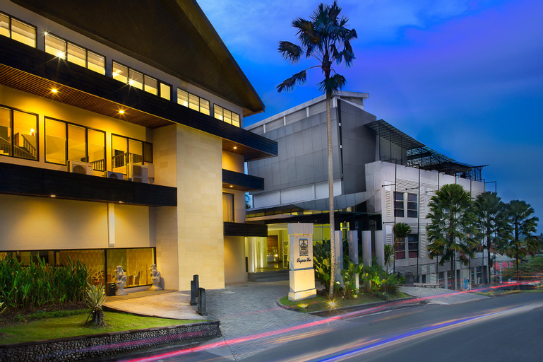 Grand Kecubung Hotel, Kotawaringin Barat