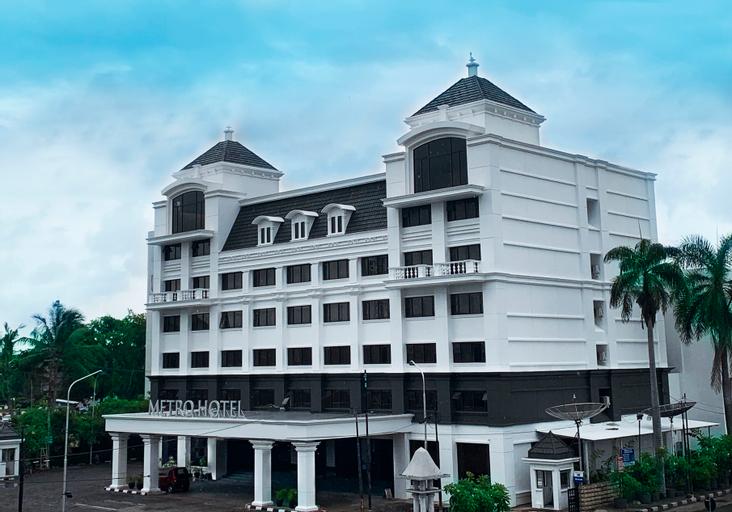 Metro Hotel Semarang, Semarang