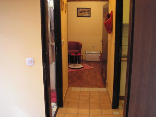 House With 5 Rooms In Aljmas, With Enclosed Garden And Wifi, Erdut