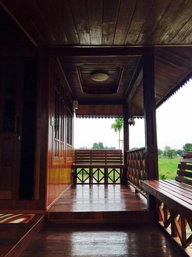 Thakrayang Brass Artisan Stay, Muang Lop Buri