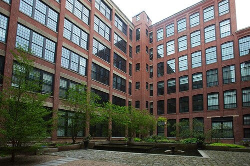 Global Luxury Suites at the Mill, Providence