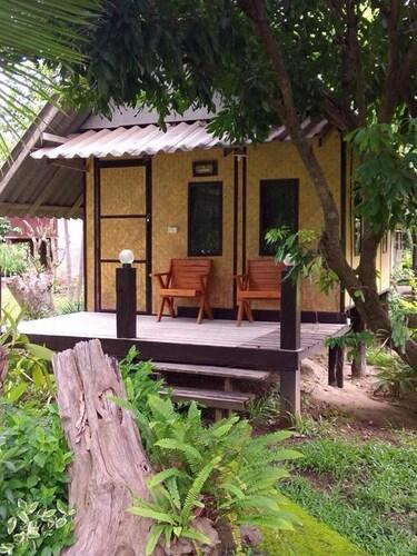 Banana House Pai, Pai