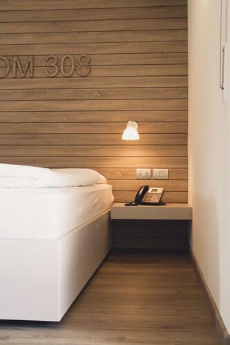 B612 Hotel, Trento