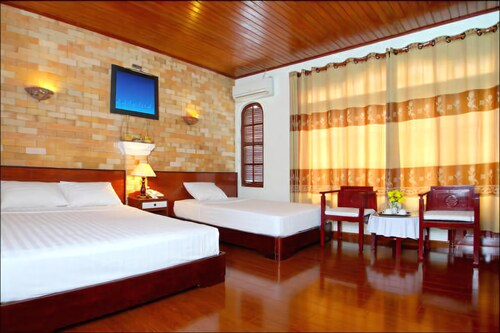 Nhi Trung Hotel, Hội An