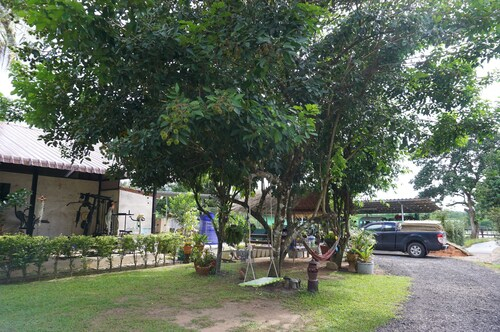Baan Suan Kong Resort, Muang Ranong