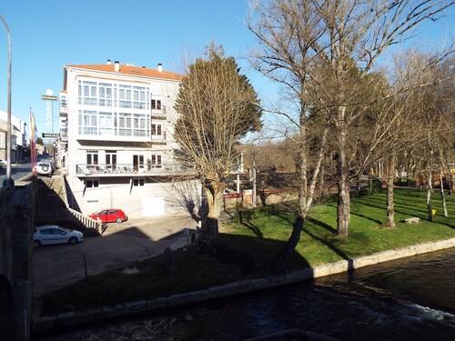 Hotel Ansuina, Ourense