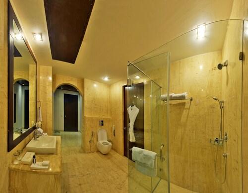 Orana Hotels and Resorts, West
