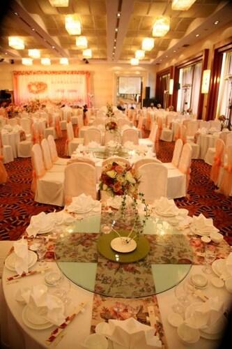 Yangzhou Garden International Hotel, Luzhou