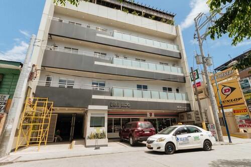 REDDOORZ PREMIUM SAMPALOC MAKATI, Makati City