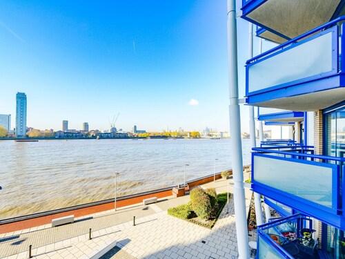 The Regency River View Apartment, London