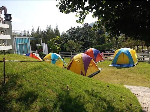 Hi Cube Resort at Suanphung, Suan Phung