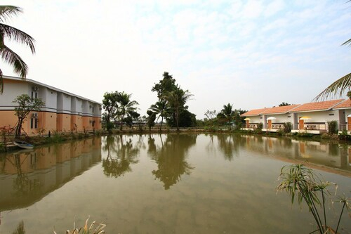Baanpooya Hotel and Resort, Muang Tak