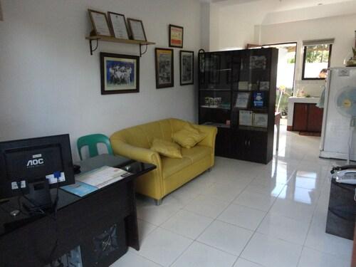 A Family Apartelle, Tagbilaran City