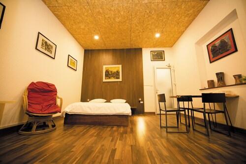 Elegant Studio Apartment, Hoàn Kiếm