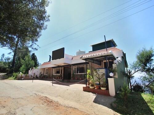OYO 8732 Hotel Ultimate, The Nilgiris