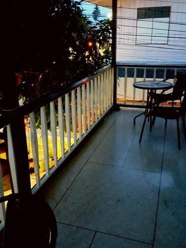 Emmanuel Guesthouse, Muang Prachuap Khiri Khan