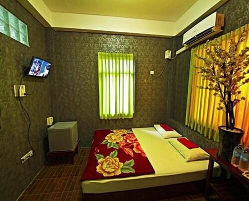 Pyone Pann Wai Motel, Mawlamyine
