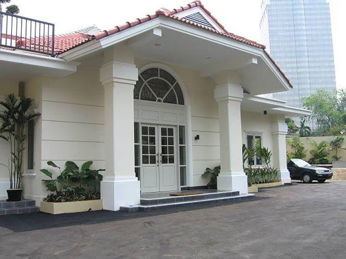 The Lombok Residence Hotel — Menteng, Jakarta Pusat