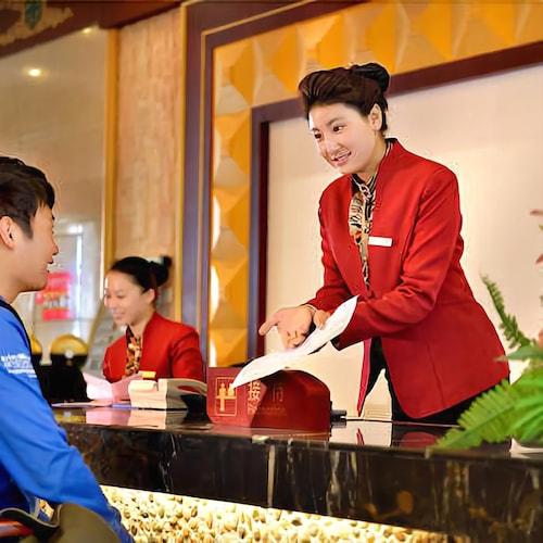 Yading Yizhan Hotel, Garzê Tibetan