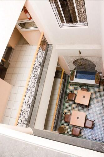 Hotel Bab Boujloud, Fès