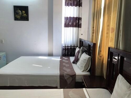 Moonlight Hotel, Đồng Hới