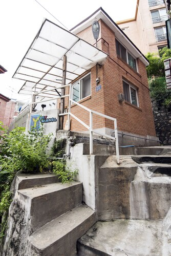 Domus Suae Guest House, Seongbuk