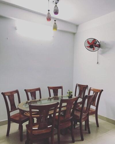 Pearl Homestay & Coffee, Sơn Trà
