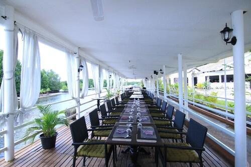 Mangrove Sanctuary Resort, Smach Mean Chey