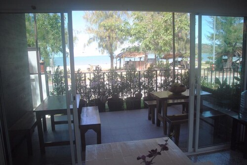 Baan Aroka Beach Front, K. Sam Roi Yot