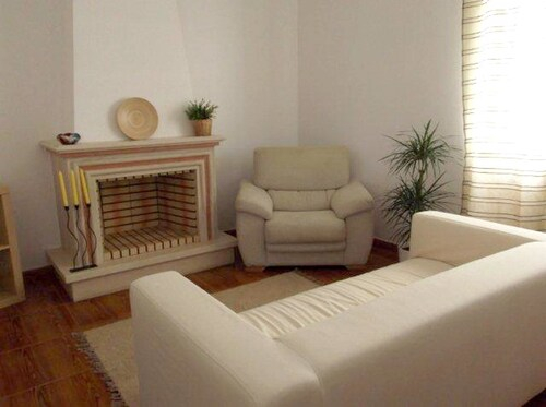 House With 2 Bedrooms In Carvoeira, With Wonderful Mountain View, Enclosed Garden And Wifi - 2 Km Fr, Mafra