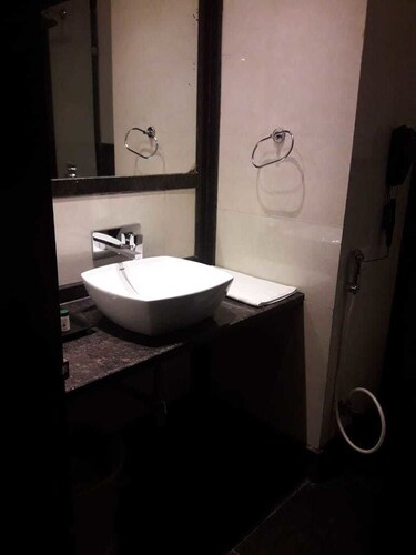Hotel 25 Hours, Indore