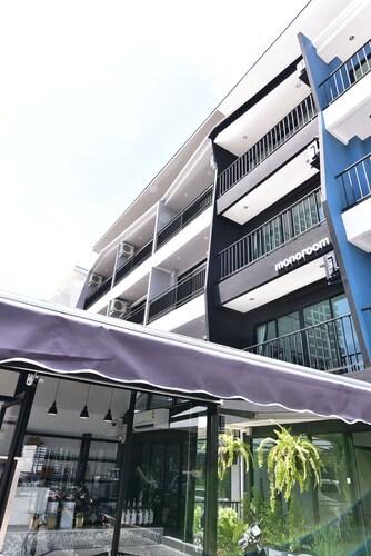Monoroom, Pattaya