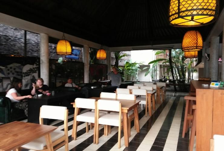 Flores Gallery Hotel, Bandung