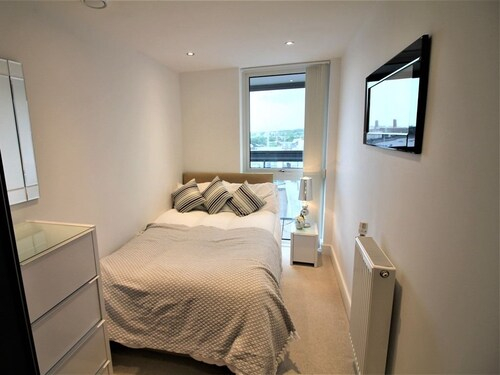 Admiral Tower Apartment, London