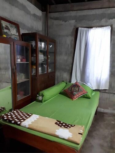 Banmaihom Homestay Kiriwong, Lan Saka
