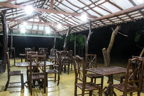 Yala Way Hide Resort, Thissamaharama