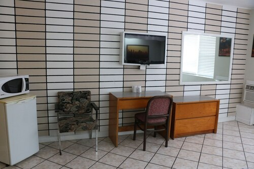 Motel Oscar, Champlain