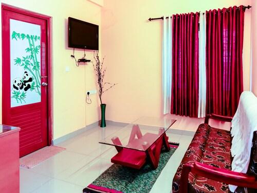 Oyo 4874 Canal View Residency, Alappuzha