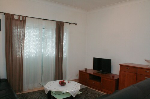 Apartment With 2 Bedrooms In Cascais, With Wonderful Sea View, Balcony, Cascais