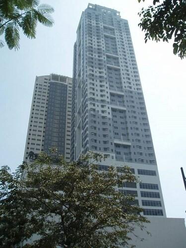 Urban Living Taguig, Makati City